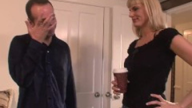 Real Mom Exposed-Jewels Jade Gets A Lucky Fuck On The Way