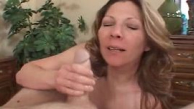 Bigtit wife gives horny hubby a delicious titjob